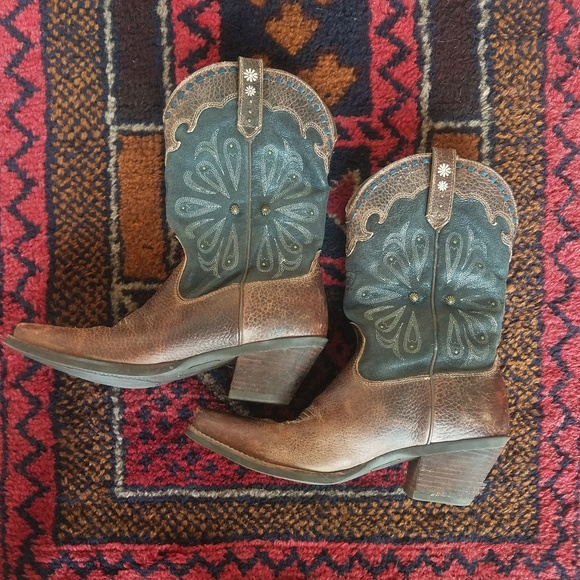 97800dec2ac Boho Cowgirl Boots
